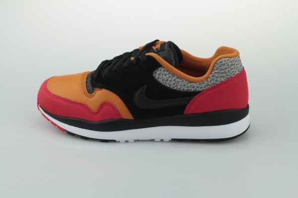 Air Safari SE SP 19 (University Red / Black - Monarch - Cobblestone)