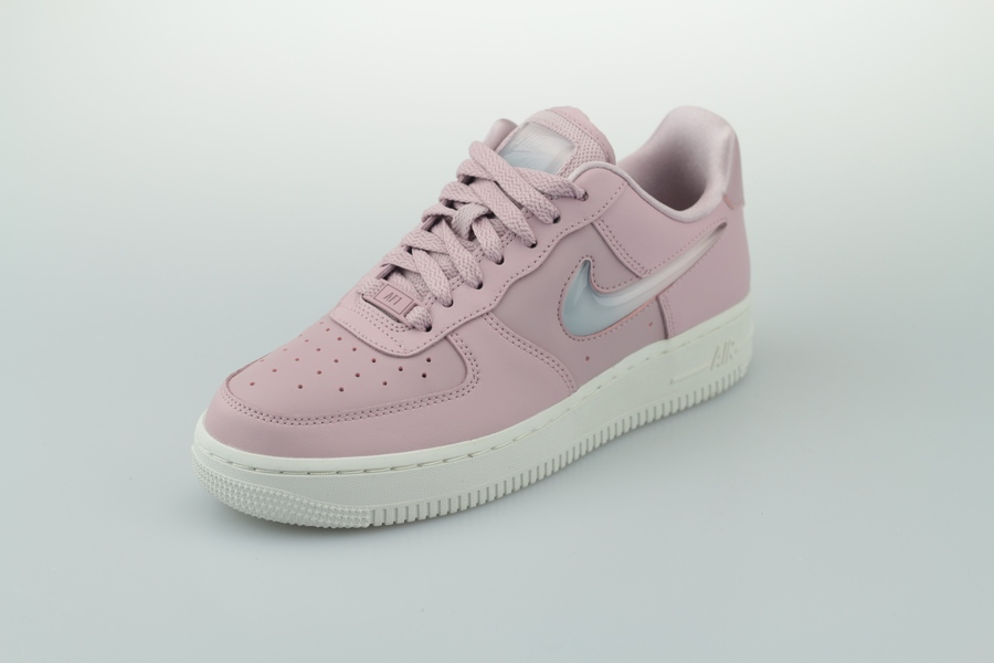 nike-wmns-air-force-1-se-premium-ah6827-500-rosa-plum-chalk-obsidian-mist-summit-white-2cXZ3JIq6hIeU5