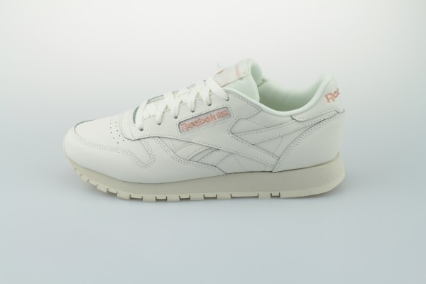 Classic Leather (Chalk / Rose Gold / Paper White)