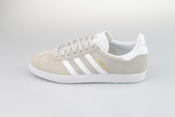 Gazelle (Grey One / Footwear White / Gold Metallic)