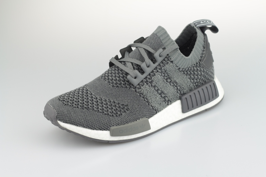 adidas-nmd-r1-pk-ee3650-ash-grey-grey-five-2IfnBw4R1ztgsQ