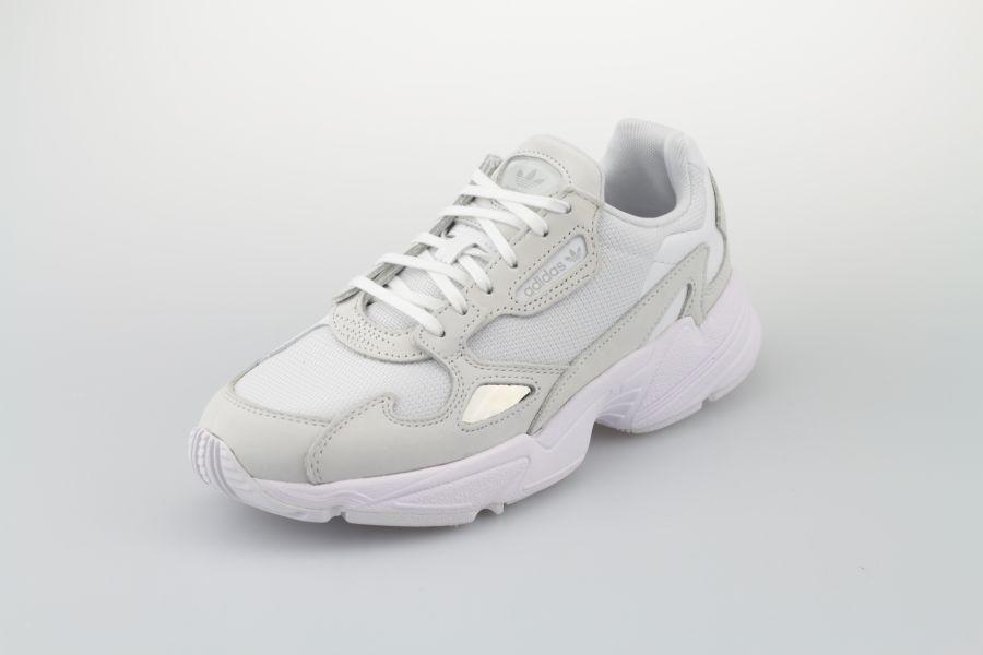 adidas-falcon-w-b28218-footwear-white-crystal-white-weiss-2uWUgAYJs3cF0C