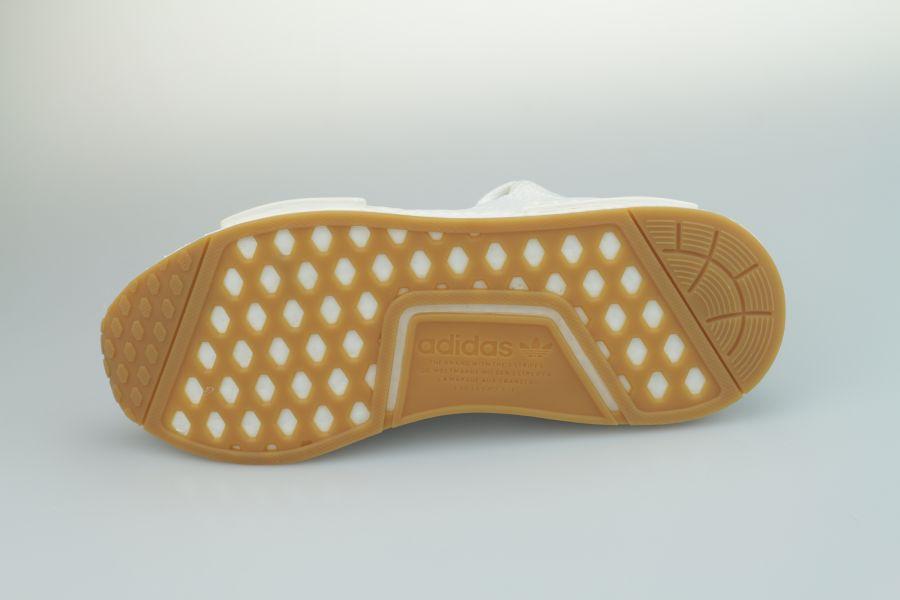 adidas-nmd-r1-d96635-footwear-white-crystal-white-gum-4JLXByfDMiLBnI