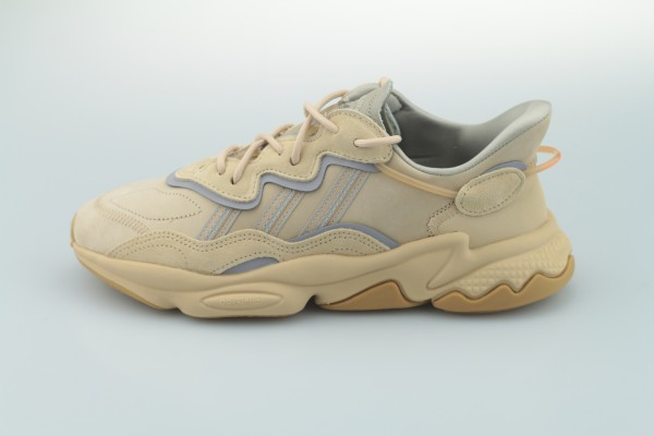 Ozweego (St Pale Nude / Light Brown / Solar Red)
