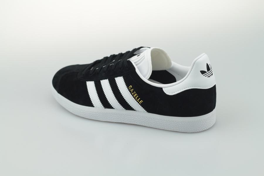 adidas-gazelle-bb5476-core-black-footwear-white-gold-metallic-3LEeQt7FSFJ9hM