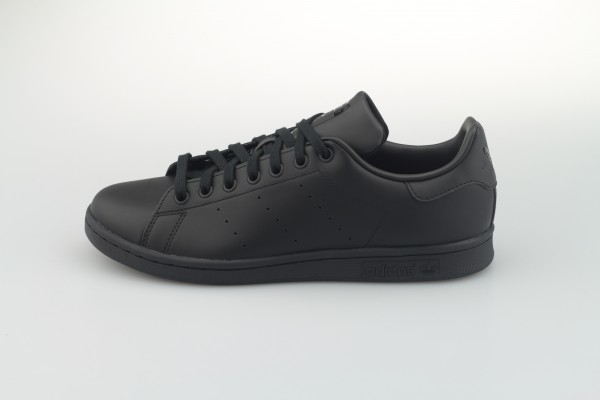 Stan Smith (Black / Black / Black)