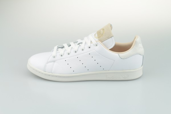 "Stan Smith ""Home of Classics"" (Footwear White / Footwear White / Crystal White)"
