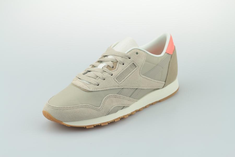 reebok-classic-nylon-cn6688-light-sand-sand-beige-pink-chalk-2