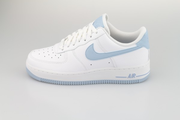Wmns Air Force 1 '07 (White / LT Armory Blue)