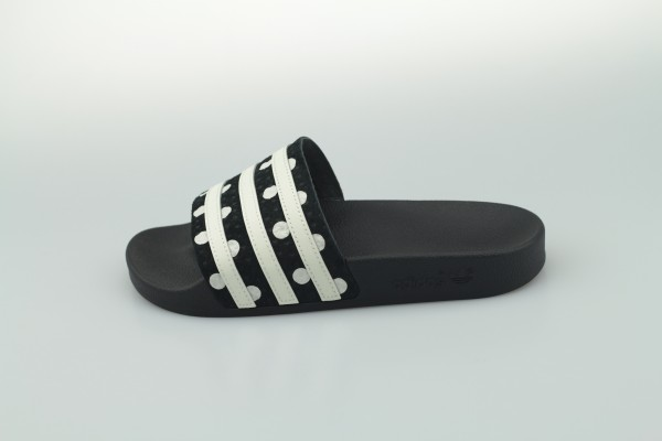 adilette W (Core Black / Footwear White / Core Black)