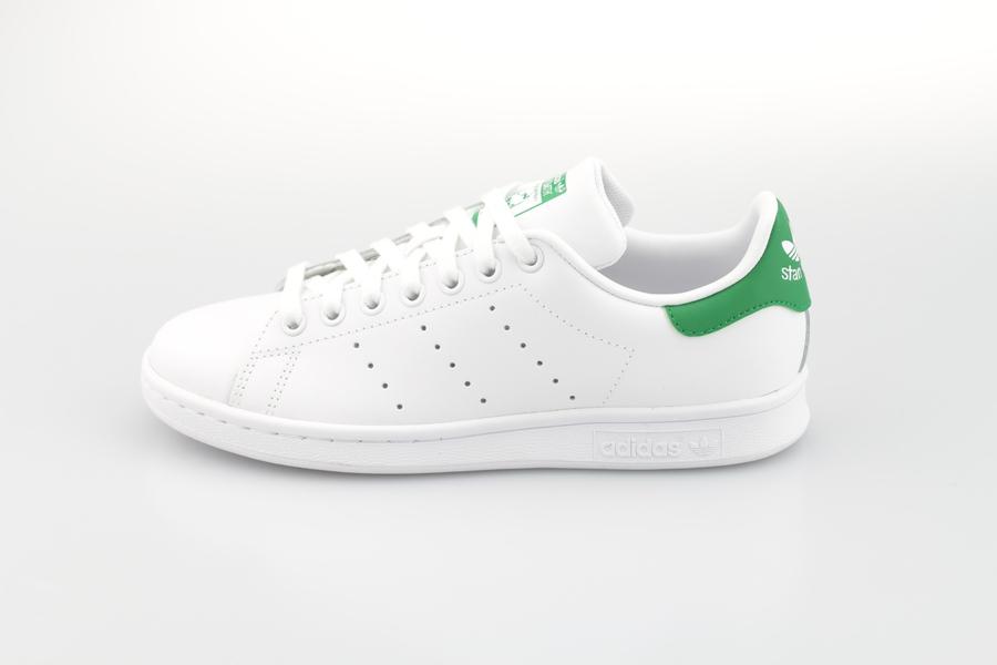 adidas-stan-smith-m20324-footwear-white-crystal-white-green-1FJG1qSaI8RY1l