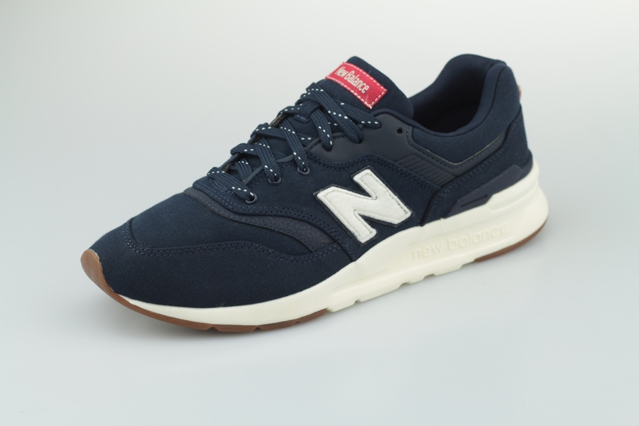 new-balance-cm-997-hda-eclipse-team-red-720151-605-2