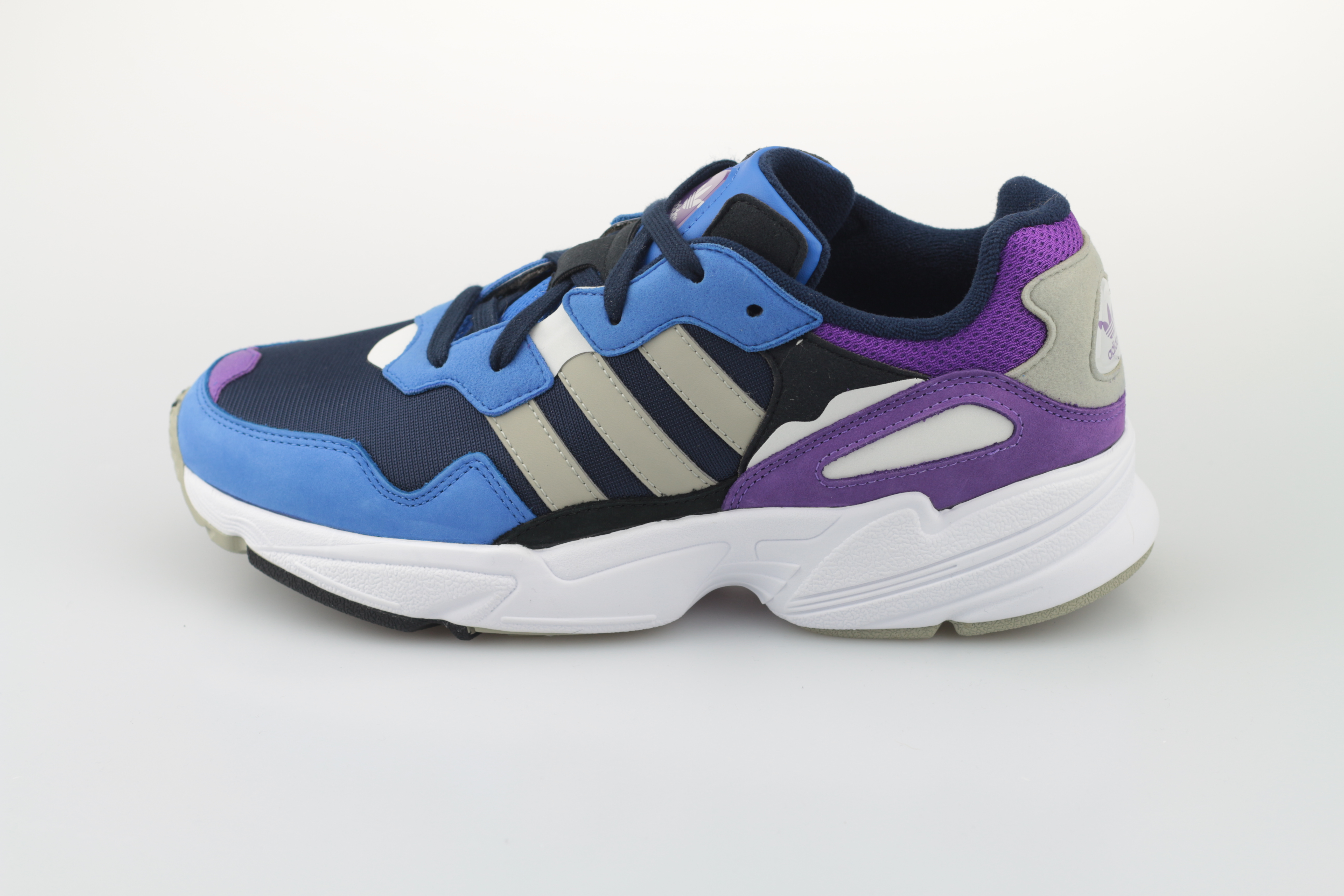 Adidas Yung 96 HerrenTurnschuhe Blau Circle Menschliche