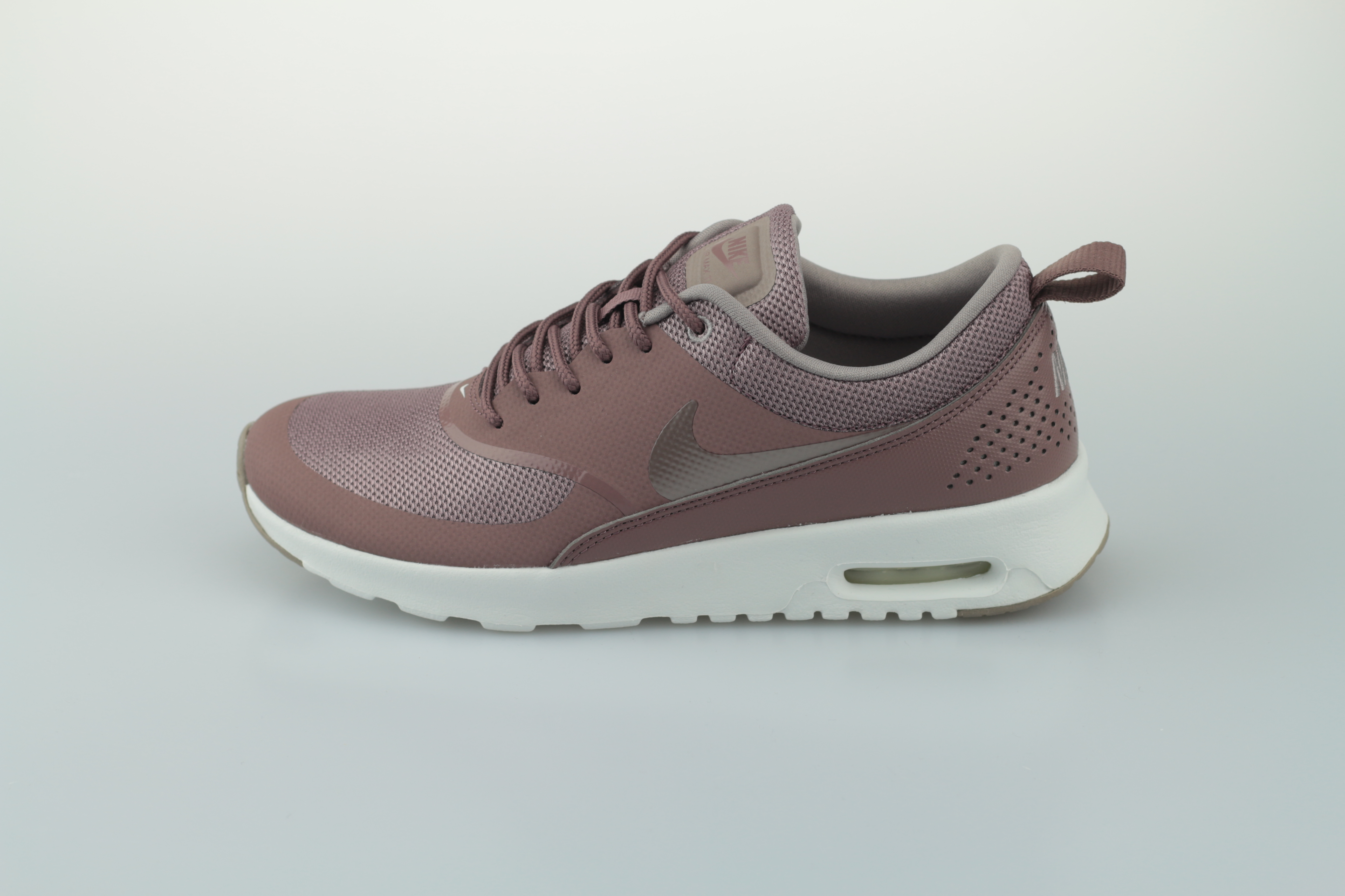 quality design 96f65 41afa Vorschau  Wmns Air Max Thea (Smokey Mauve   Punice - Summit White) ...