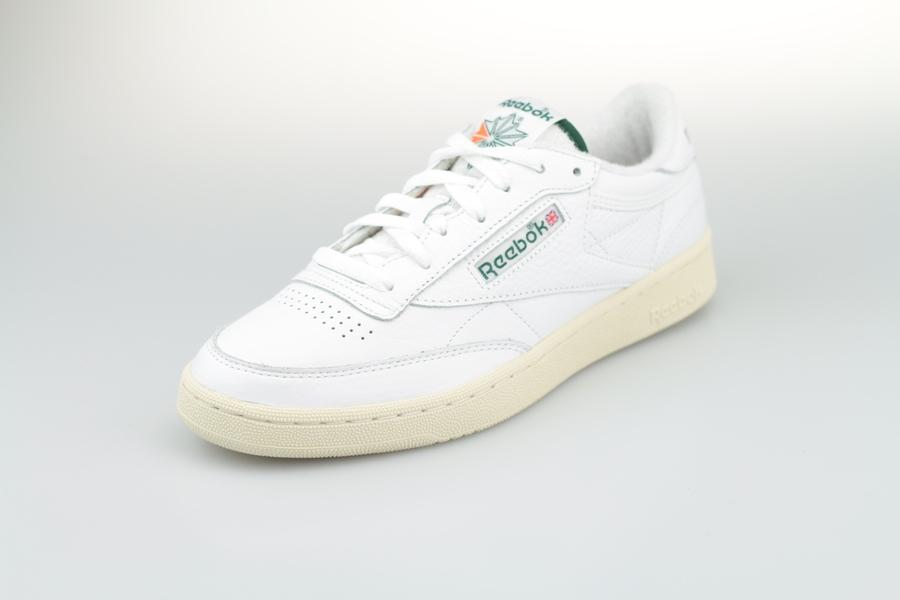 club-c-85-PRM-White-Green-2VmASqvQvBO1TJ