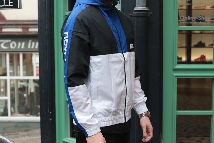 windrunner-78-jacketcontent