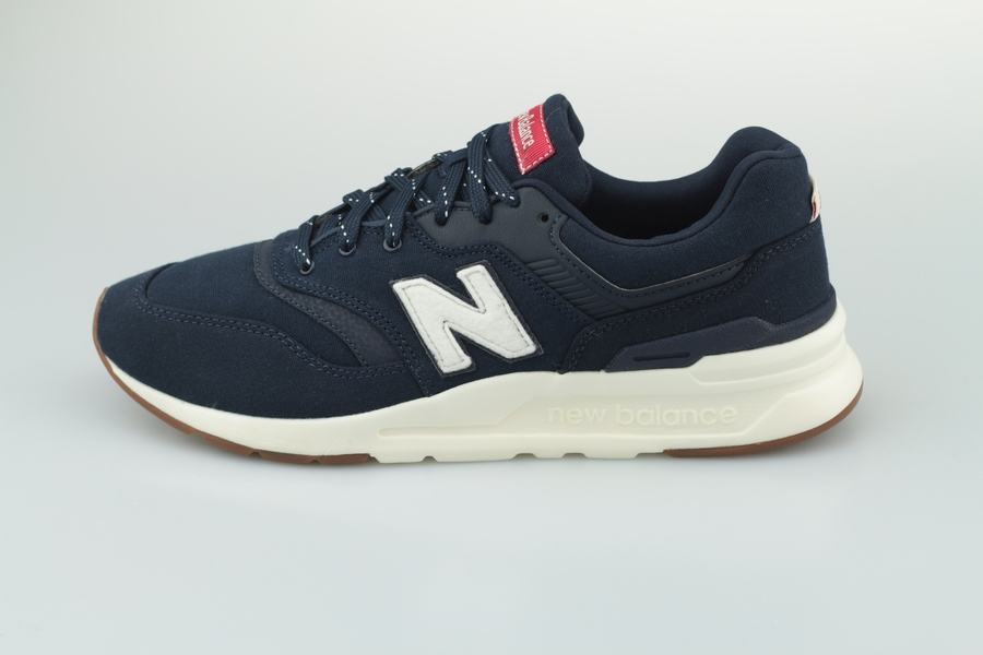 new-balance-cm-997-hda-eclipse-team-red-720151-605-1