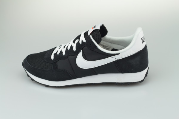 Nike Challenger OG (Black / White)