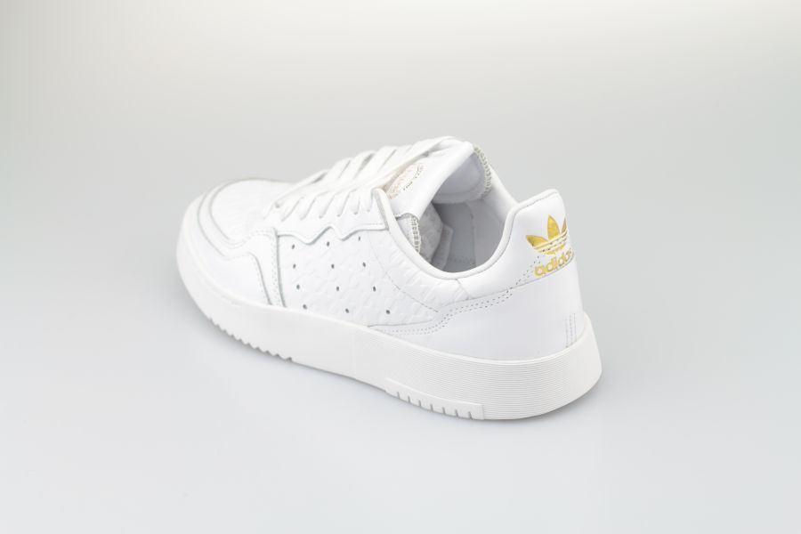 adidas-supercourt-w-white-white-gold-3WZP4AfLa7Q3gn