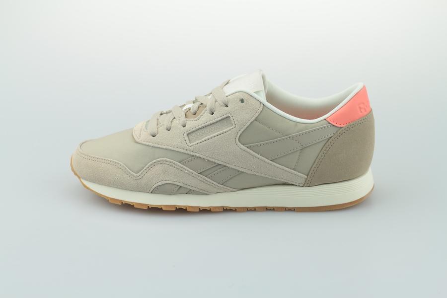 reebok-classic-nylon-cn6688-light-sand-sand-beige-pink-chalk-1