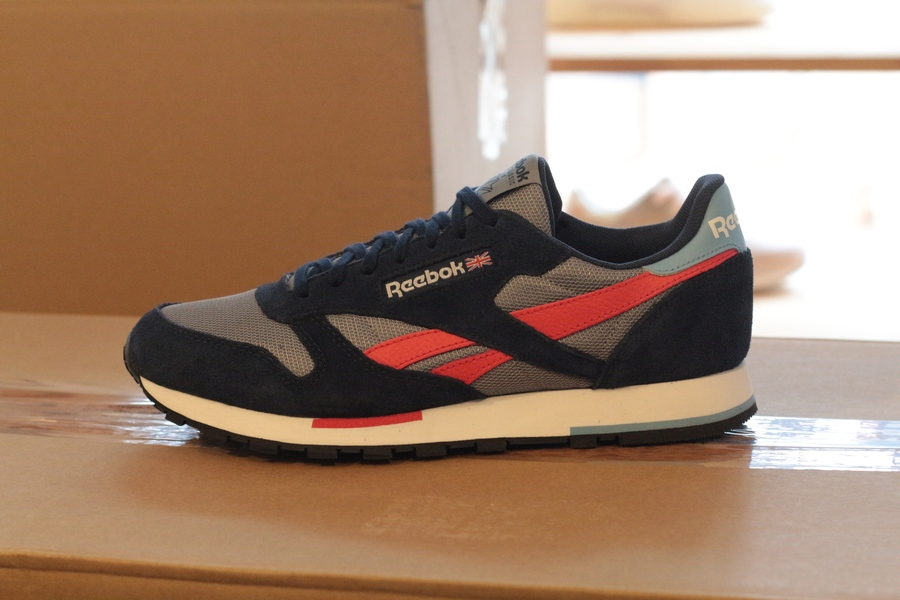 reebok-classic-leather-mu-dv3836-cold-grey-navy-white-red-5