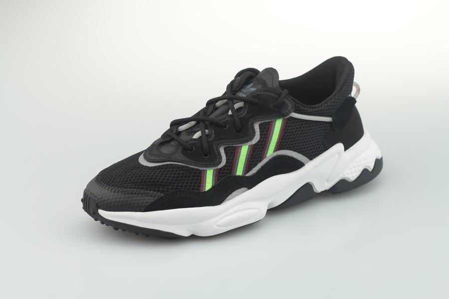 adidas-ozweego-ee7002-core-black-solar-green-onyx-2UyGeqimiOQ3O2