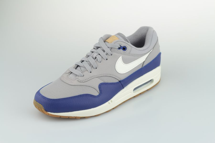 nike-air-max-1-ah8145-008-atmosphere-grey-sail-deep-royal-blue-2