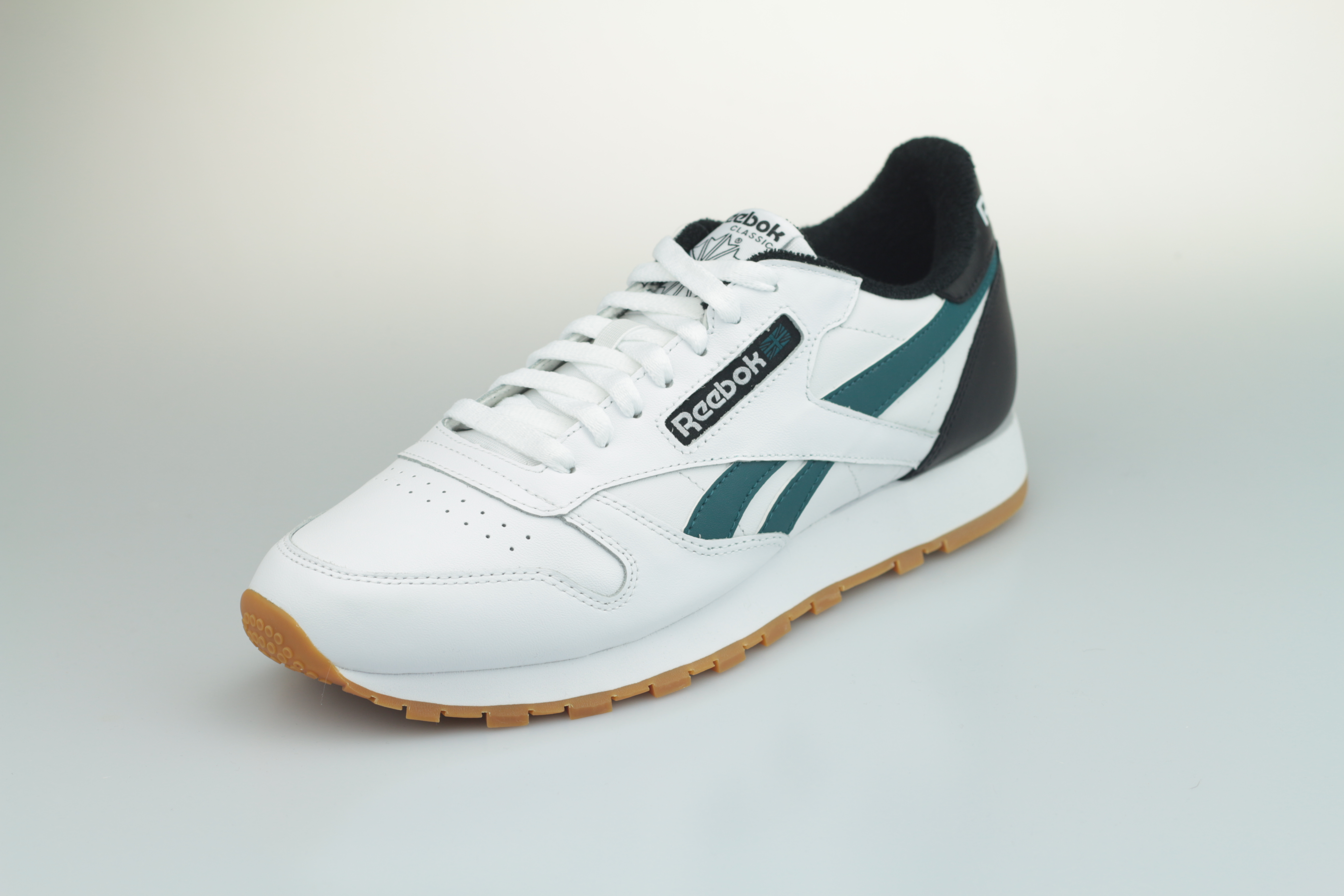 Classic Leather MU (White Black Heritage Teal)