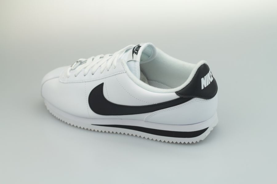 nike-cortez-leather-819719-100-white-black-metallic-silver-3vG7panwpltlpt