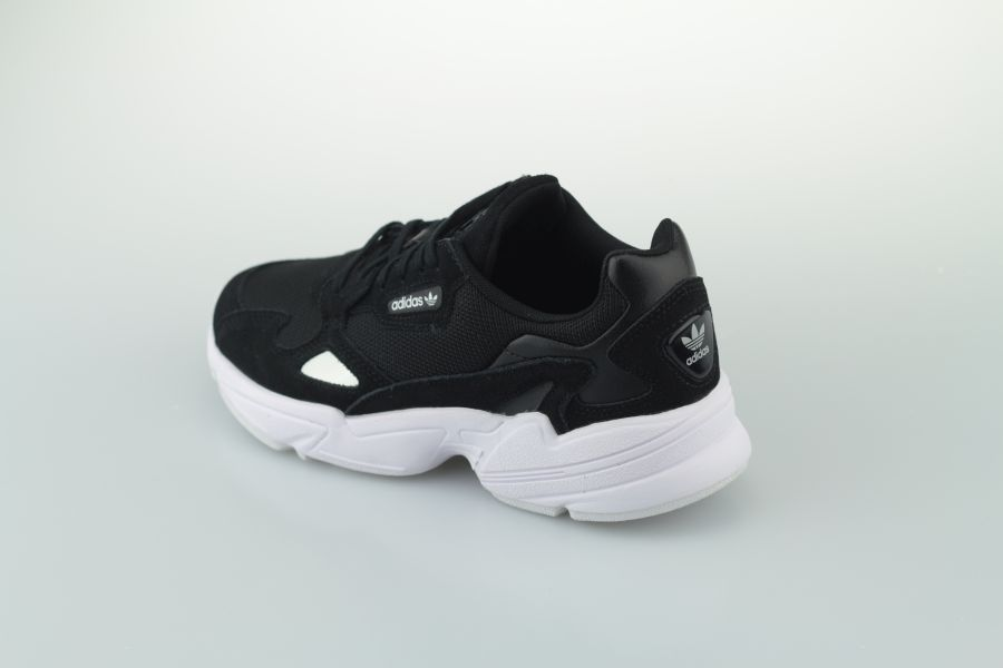 adidas-falcon-w-b28129-core-black-footwear-white-3