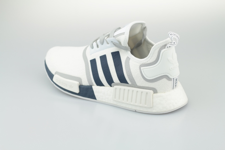 NMD-R1-White-G5576-31oOLCgW5djnvl