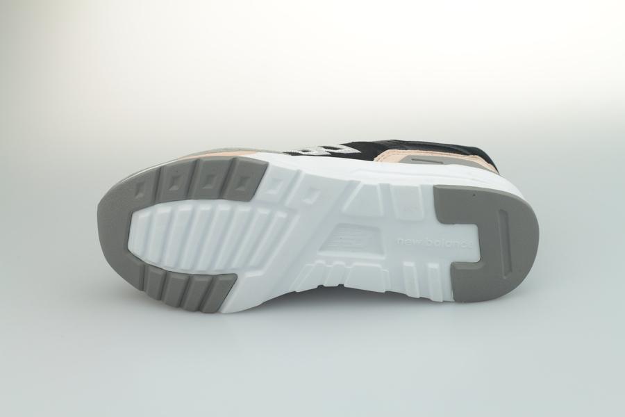 new-balance-cw-997h-al-774511-508-black-schwarz-nude-rosa-4zrLd4AN3m36dm