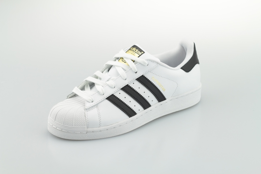 adidas-Superstar-Foundation-C77124-footwear-white-core-black-2dpeL7WSlkZl6M