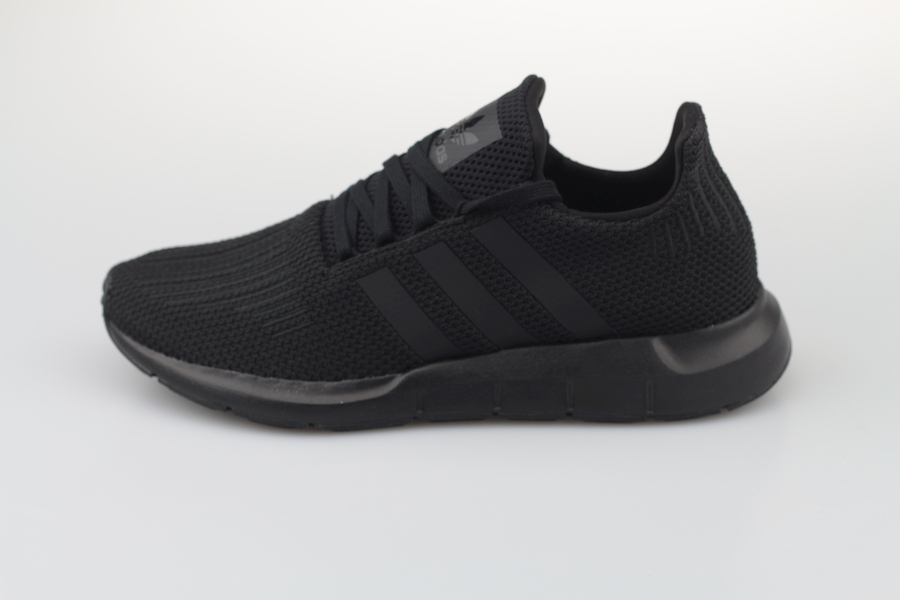adidas-Swift-Run-AQ0863-Core-Black-Footwear-White-1Pxg6eyWW2MNEw