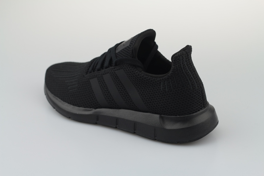 adidas-Swift-Run-AQ0863-Core-Black-Footwear-White-3w8ADHFHmJjeWB