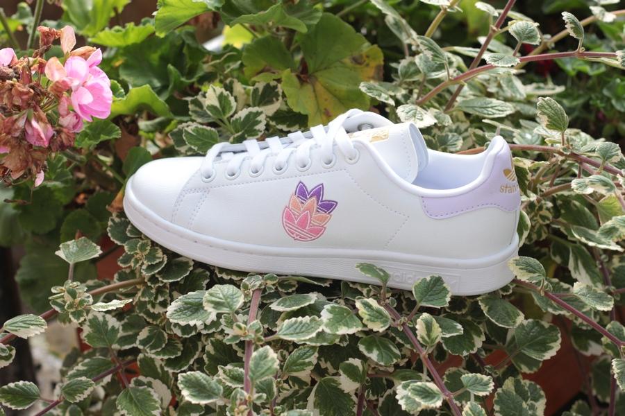 adidas-stan-smith-GZ8142-cloud-white-purple-tint-gold-1