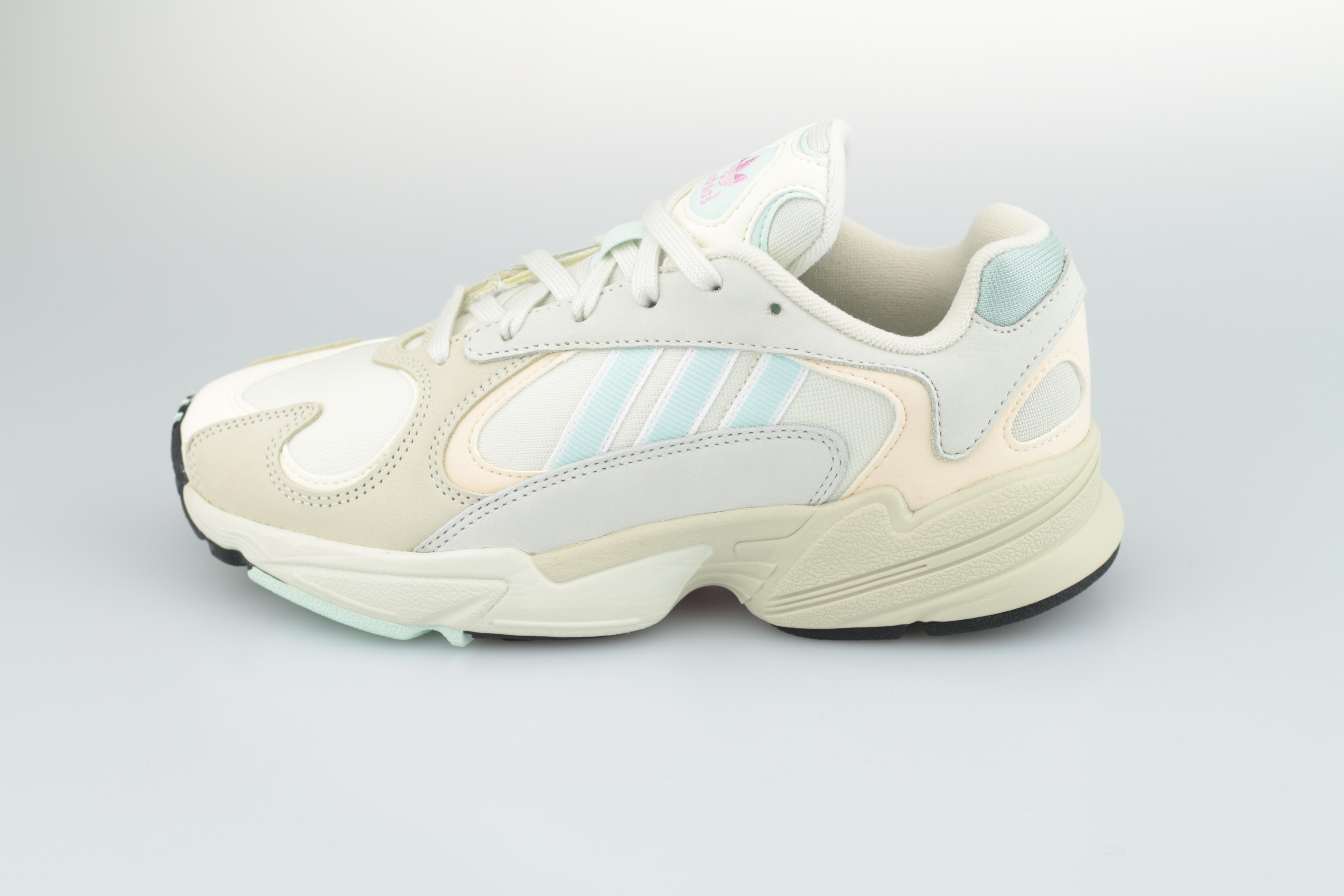 a88e00beec9 adidas. Vorschau: Yung-1 (Off White / Ice Mint / Ecru Tint) ...