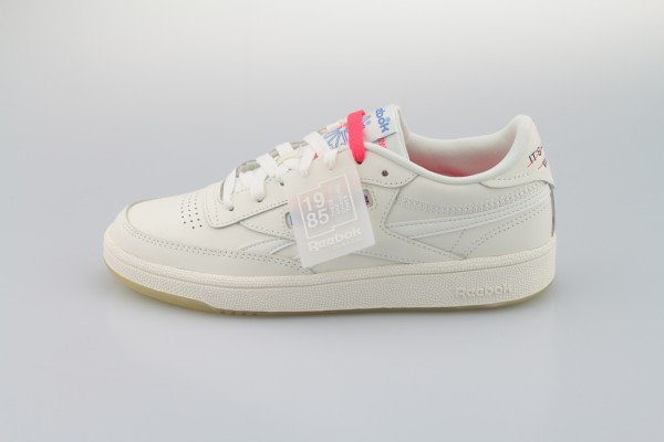 "Revenge Plus ""It's a Womens World"" (White / Chalk / None)"