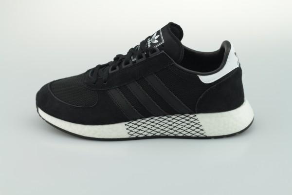 Marathon Tech (Core Black / Core Black / Cloud White)