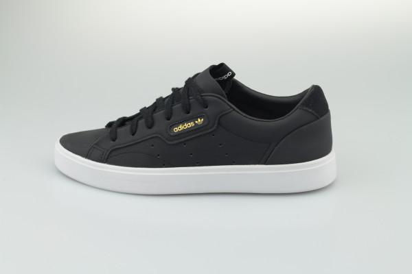 Sleek W (Core Black / Core Black / Crystal White)