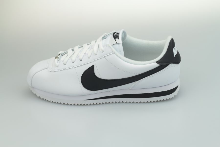 nike-cortez-leather-819719-100-white-black-metallic-silver-1LXhcjt2vR7PUa