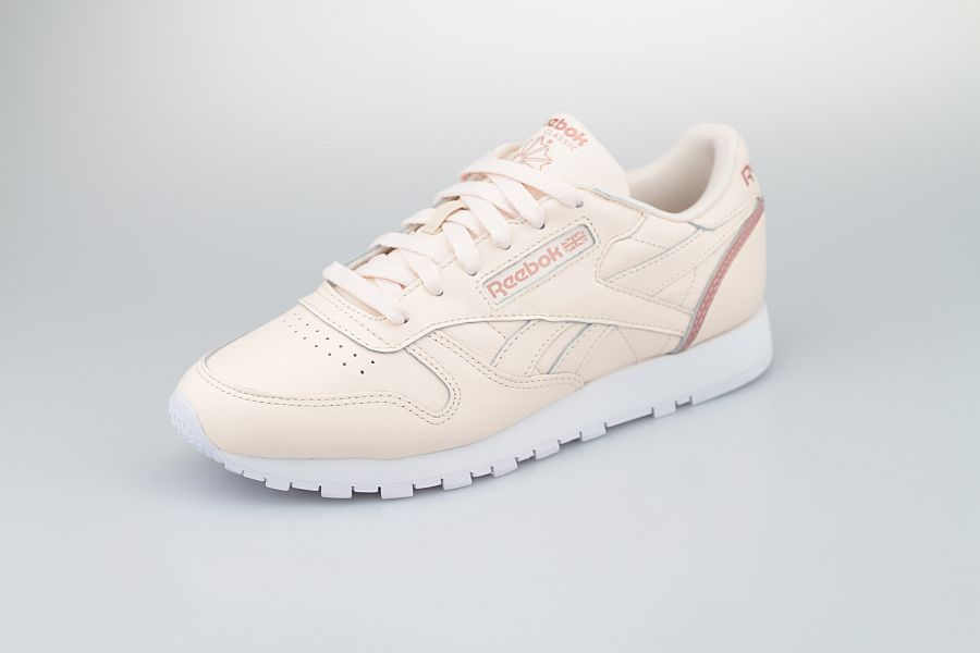 Reebok-Classic-LTHR-Ceramic-Pink-Blush-Metal-Cloud-White-900-2