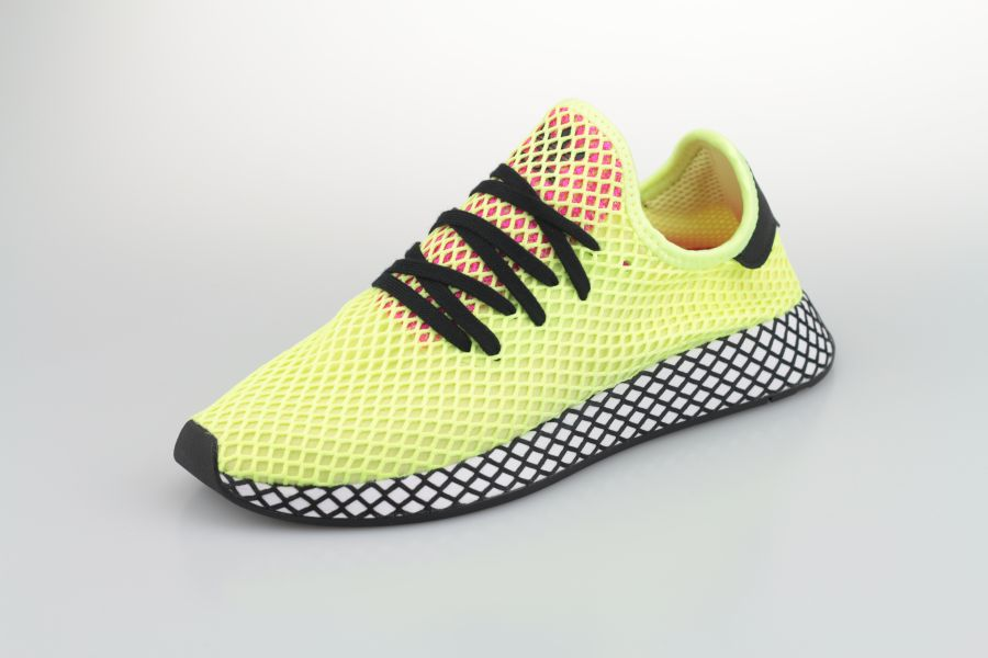 adidas-deerupt-runner-cg5943-hi-res-yellow-core-black-shock-pink-2