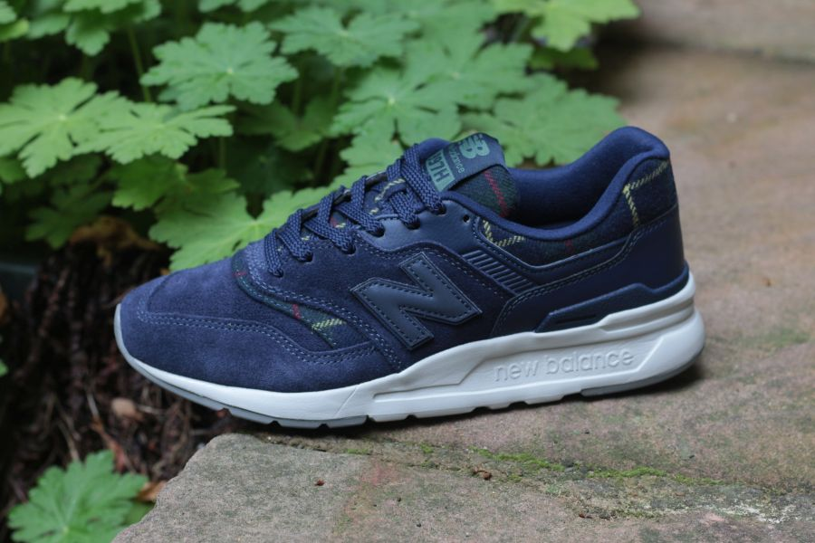 new-balance-cw-997h-xt-766871-5010-damensneaker-dunkelblau-51I79nk907cdkQ