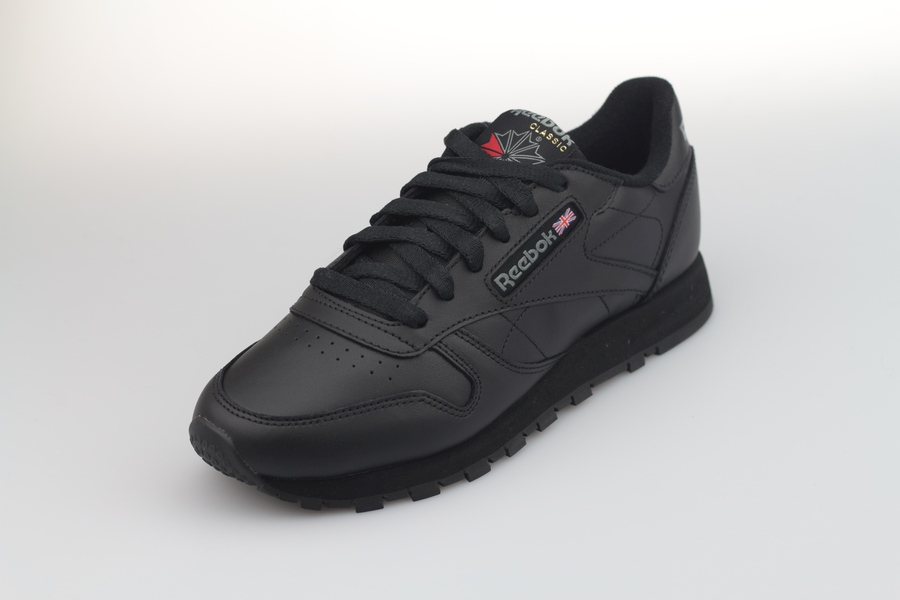 reebok-classic-leather-women-3912-black-2UtrBByi7AVVq4
