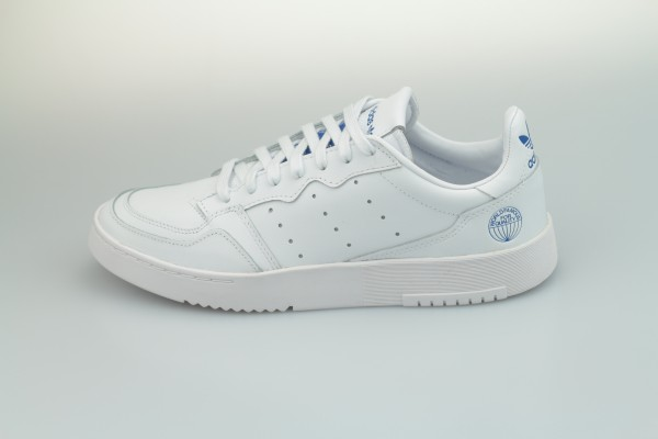 Supercourt (Footwear White / Footwear White / Bluebird)