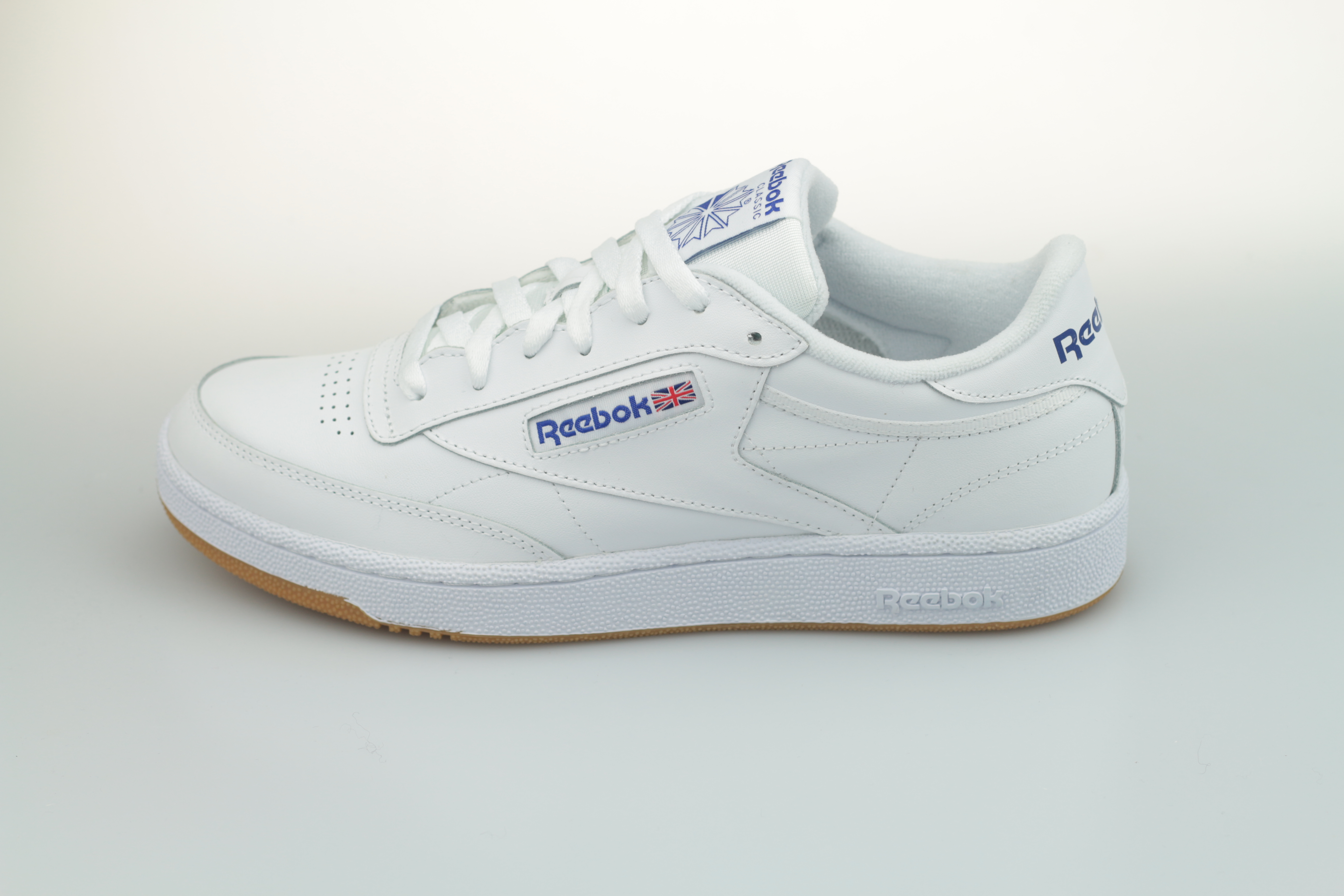 reebok-club-c-85-ar0459-white-royal-gum-1