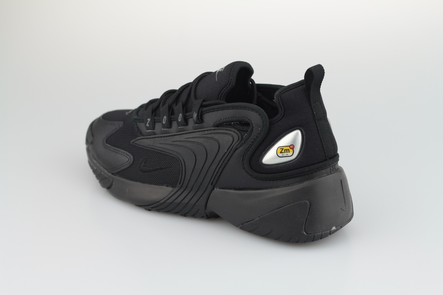 nike-zoom-2k-ao0269-002-black-anthracite-all-black-3