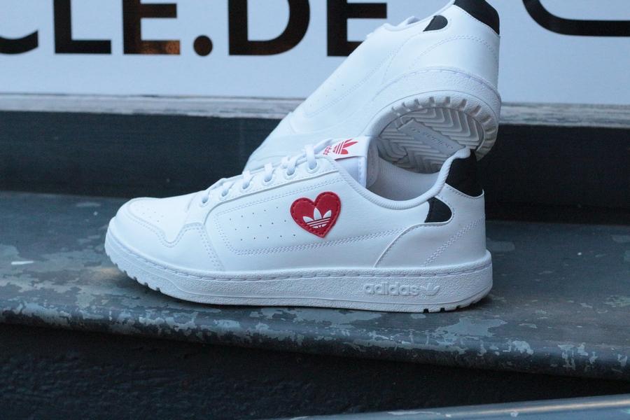 adidas-NY-90-H67497-white-scarlet-black-Valentine-6qFA5qpl3EQcZR