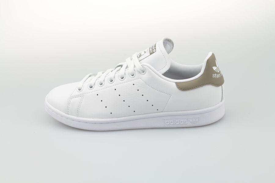 adidas-stan-smith-ee5798-footwear-white-trace-cargo-trace-cargo-1xbUtmZmql42WL